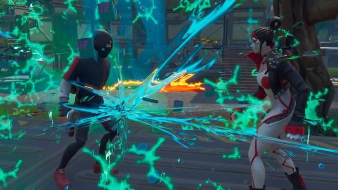 Fortnite: Battle Royale - Takara X Ikonik 💕✨ and a lil Pumpkin Boi 🎃 Ft. theuglycarti and CallMeLucifer  image 19