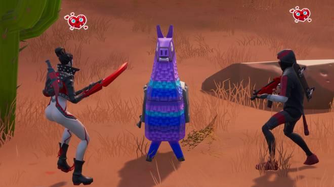 Fortnite: Battle Royale - Takara X Ikonik 💕✨ and a lil Pumpkin Boi 🎃 Ft. theuglycarti and CallMeLucifer  image 3