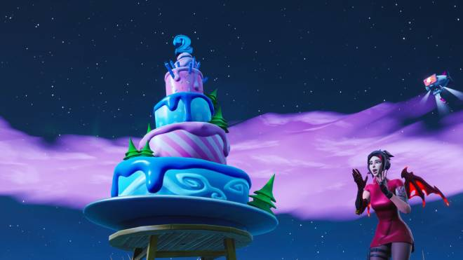 Fortnite: Battle Royale - when Fortnite finally adds GIANT cakes to the map for their birthday event 🥳🎂💕✨ image 1