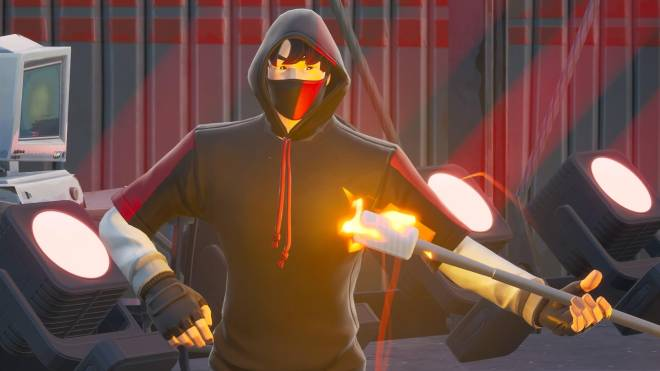 Fortnite: Battle Royale - The center of everyone's attention... 🎤✨❗(Ikonik Showcase)  image 11