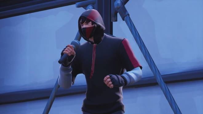 Fortnite: Battle Royale - The center of everyone's attention... 🎤✨❗(Ikonik Showcase)  image 2