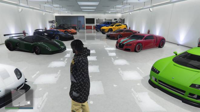 GTA: General - IM SHOOTING A MUSIC 🎶VIDEO NOW IS YALL CHANCE TO SHOW OFF YALL NICE SUPER CARS (DRESS TO IMPRESS) image 2