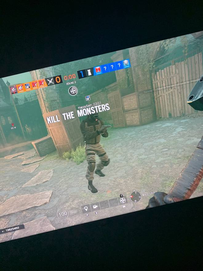 Rainbow Six: Memes - So I was in a game rn n this happen  image 2
