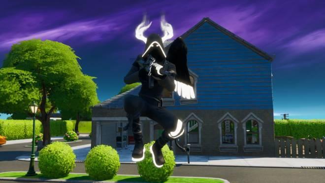 Fortnite: Battle Royale - Angel of Death: Perfect Shadow Showcase image 6