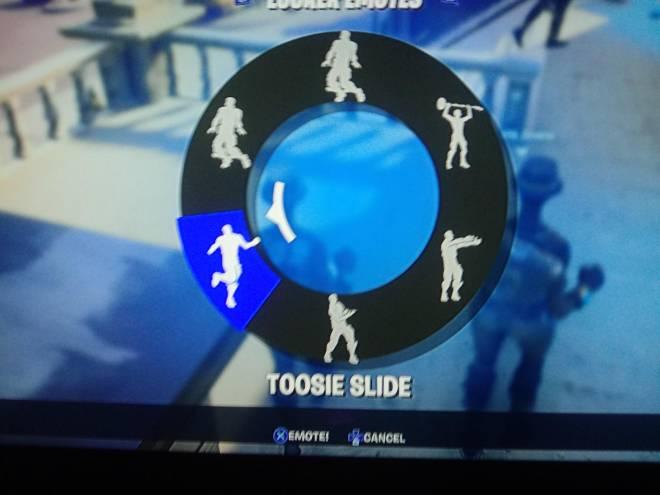 Fortnite: General - The tootsie slide emote! image 2
