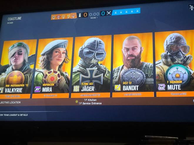 Rainbow Six: Memes - When The whole elite squad roles up in a quick match  image 1