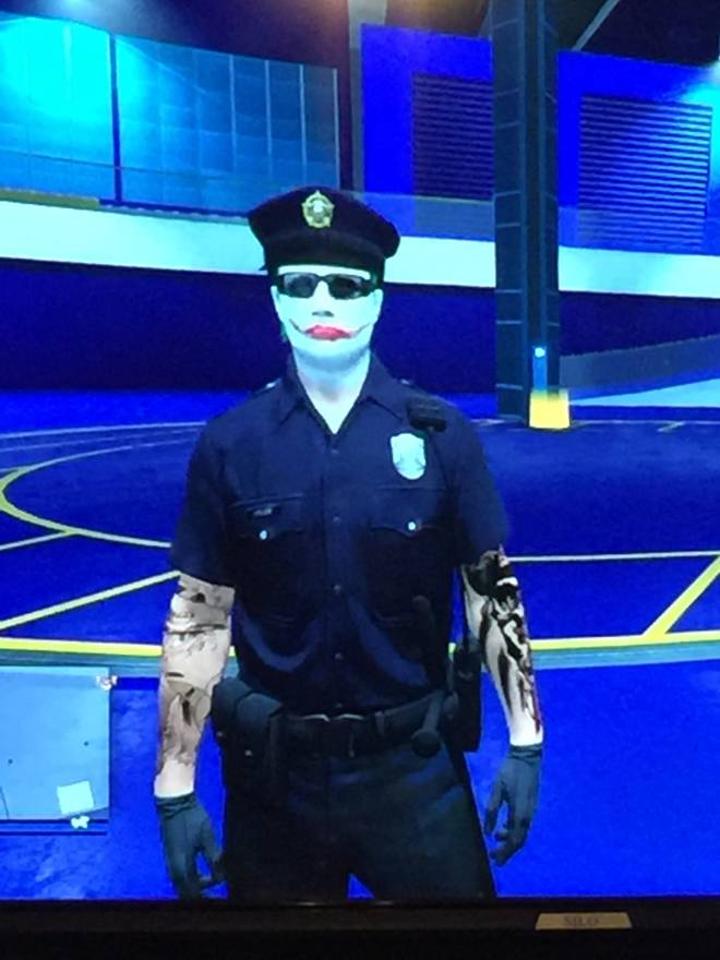 GTA: Looking for Group - If you want the cop outfit let me know I play Xbox one  image 1