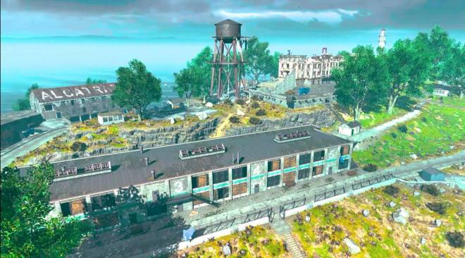 Call of Duty: General - How to Play Battle Royale on Alcatraz like a Pro! (CoD Mobile) image 8