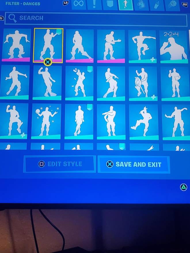 Fortnite: Looking for Group - Someone wanna trade ps only and I'm 9 but please don't scam me  image 4