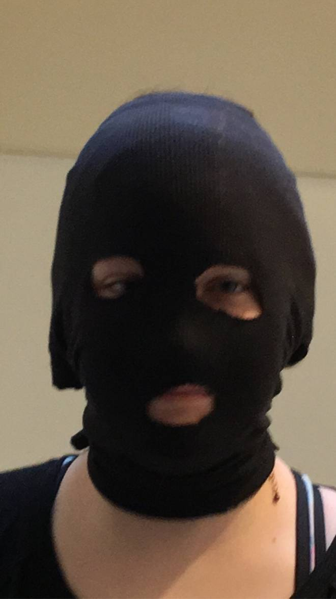 Rainbow Six: Memes - sister cosplayed as recruit 😳  image 1