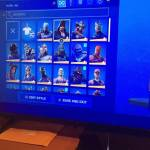 Selling this my fortnite account Idk make up a price cash app only