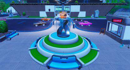 Fortnite: Battle Royale - Spray & Pray Junkyard Crane, Fountains, & Vending Machine Location Guide image 9