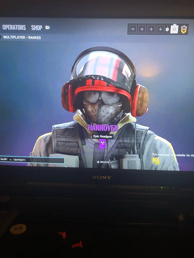 Rainbow Six: General - What dis? image 1