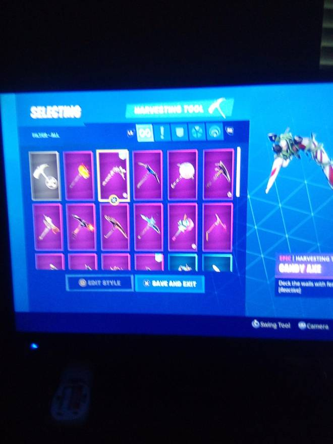 Fortnite: Looking for Group - Who wants my account for 25 PSN card image 9