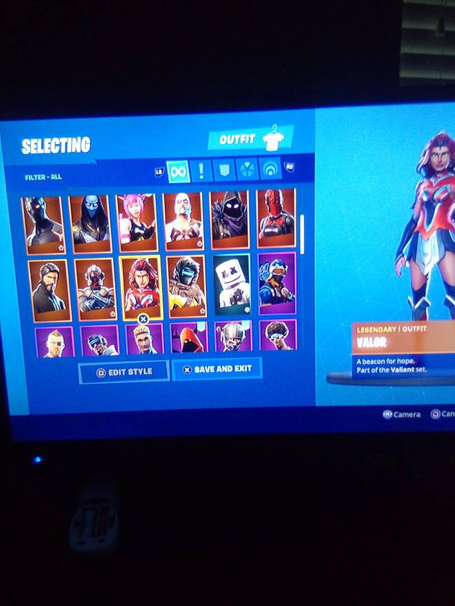 Fortnite: Looking for Group - Who wants my account for 25 PSN card image 4