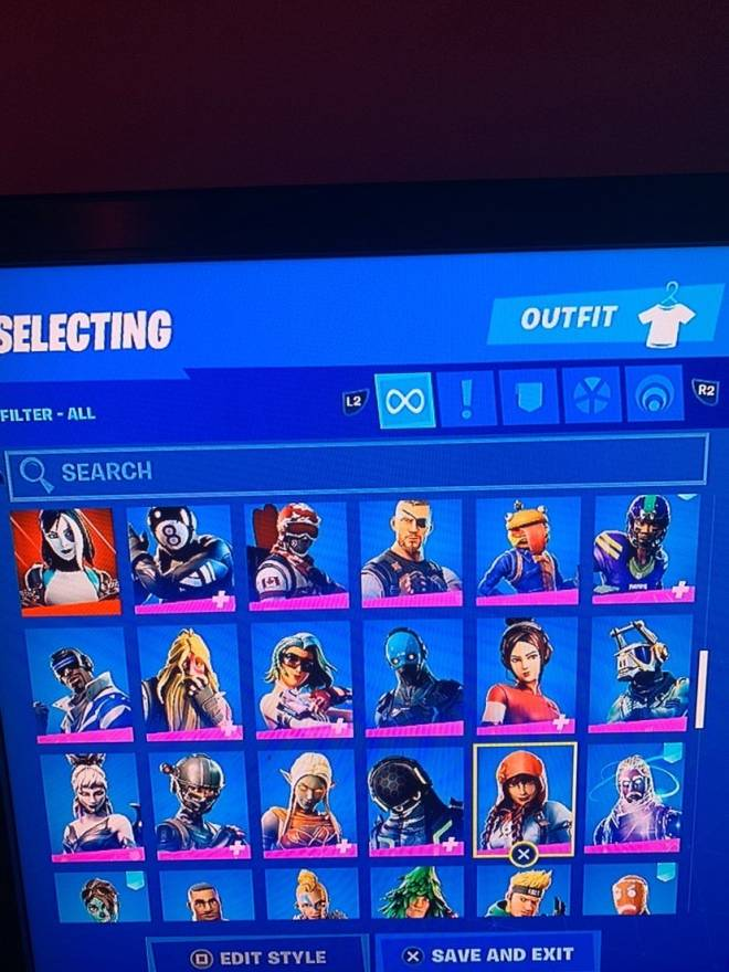 Fortnite: Looking for Group - Selling my fortnite account dm if you wanna buy it image 6