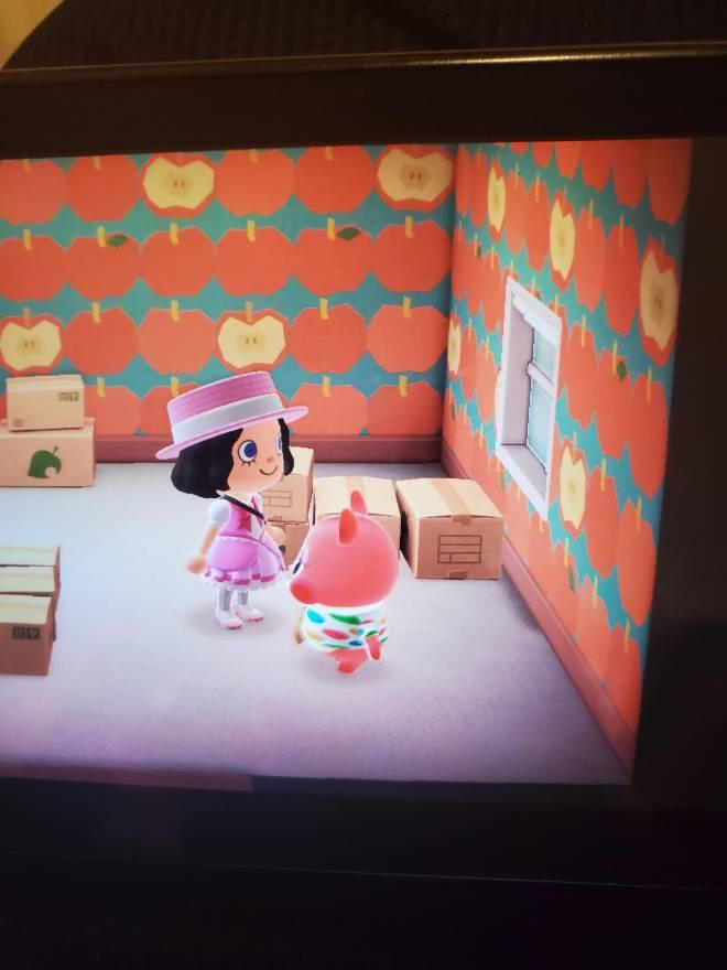 Animal Crossing: Trading - Apple image 1
