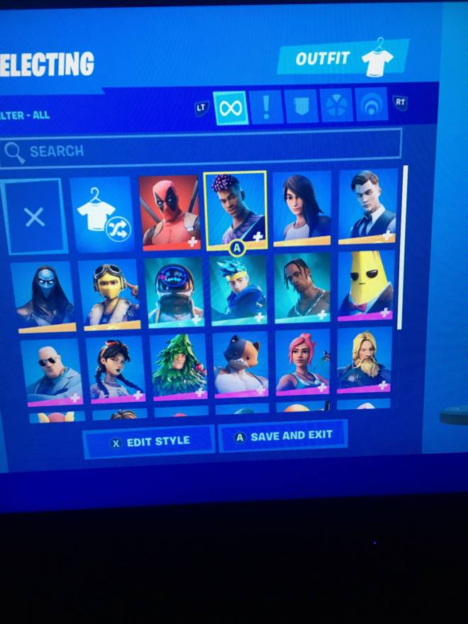Fortnite: Looking for Group - Selling fortnite acc 50$ PayPal only image 3