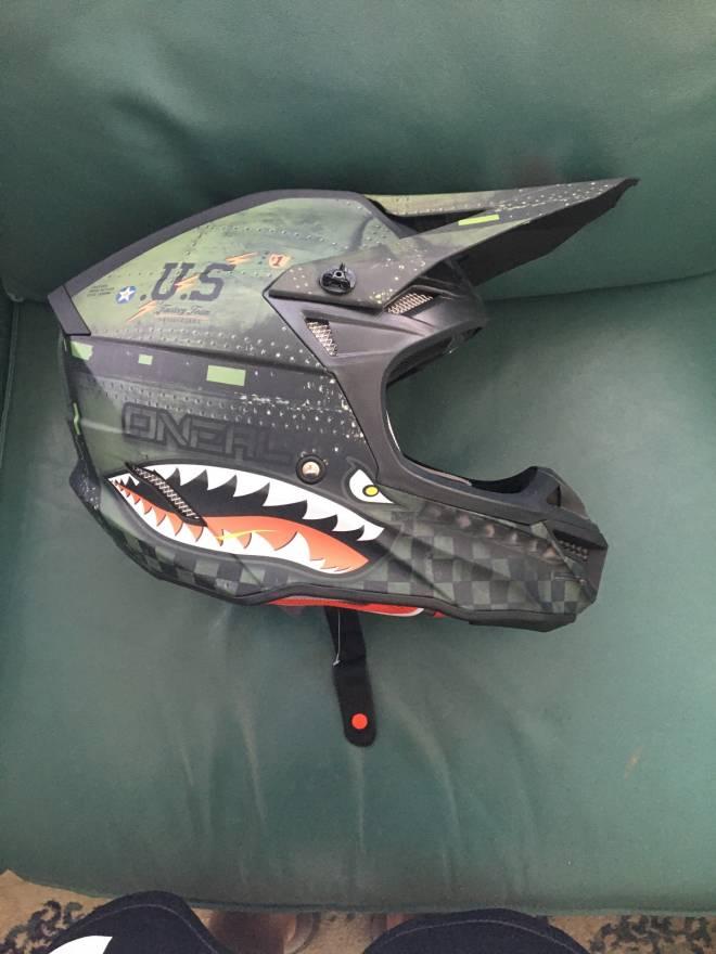 Fortnite: General - How do you like my new dirtbike helmet image 2