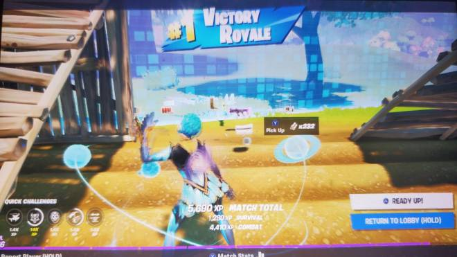 Fortnite: Battle Royale - Its a 20 bomb😀...but not enough to beat my kill record😐 image 2