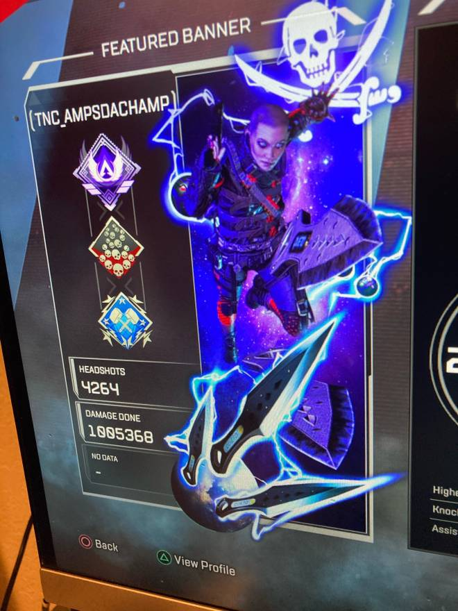 Apex Legends: Looking for Group - Need some more friends on my list to play some PUBS and LTM ! Add me if you down to run some !!! image 3