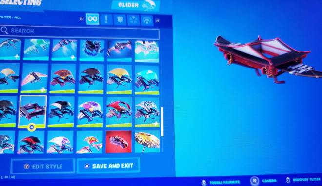 Fortnite: Battle Royale - Yall should know exactly why im using this glider with a female ghostbuster skin😂 image 1