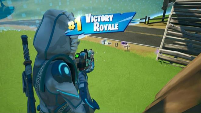 Fortnite: Battle Royale - Throw back Fortnite Chapter 2 Season 1 and 2 image 4